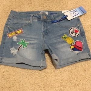 Size 5 YMI Jean Shorts Pineapple Palm Tree Patches